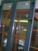 Деревянные окна любых цветов и форм, входные деревянные двери