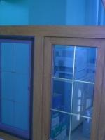 Образец-ламинированное пластиковое окно со шпросами(перекладины внутри стеклопакета)