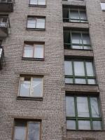 Старые окна в подъезде. г. Пушкин, Ахматовская улица.